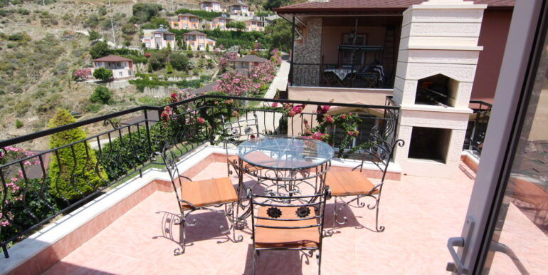 99000 Euro Villa For Sale in Alanya 1