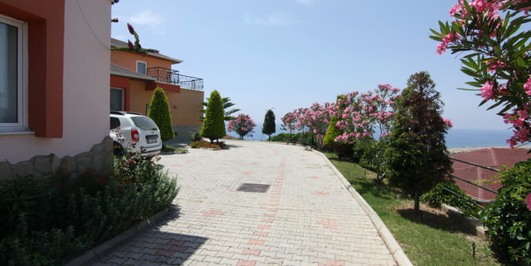 99000 Euro Villa For Sale in Alanya 7