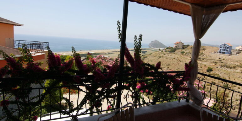 99000 Euro Villa For Sale in Alanya 17