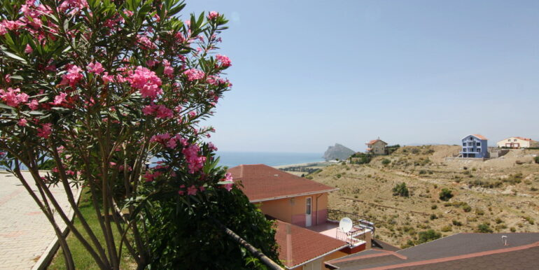 99000 Euro Villa For Sale in Alanya 19