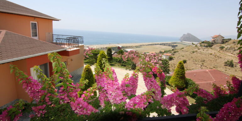 99000 Euro Villa For Sale in Alanya 21