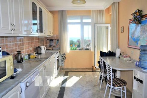 Beachfront apartment property for sale in Alanya Turkey 4