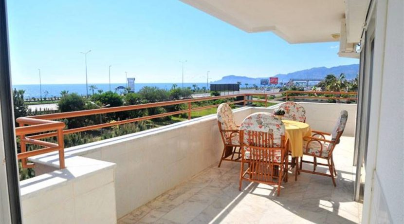 Beachfront apartment property for sale in Alanya Turkey 8