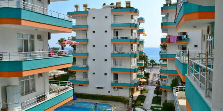 50000 EUR Beach Apartment For Sale in Alanya Mahmutlar 1