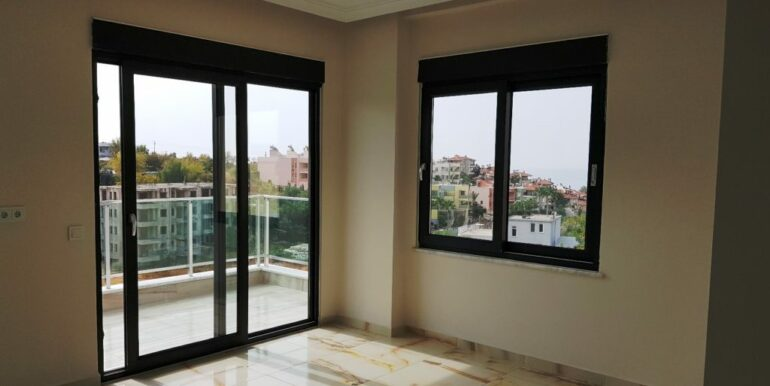 70000 EUR New Penthouse For Sale In Alanya Kestel 16