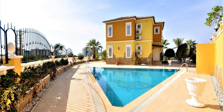 249000 Villa For Sale in Alanya