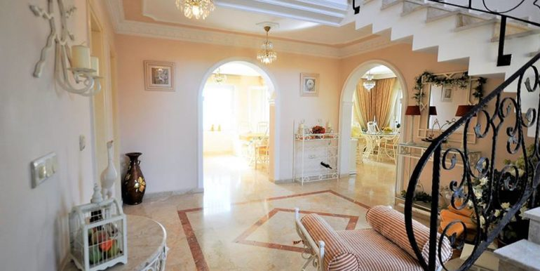 175000 Villa For Sale in Alanya