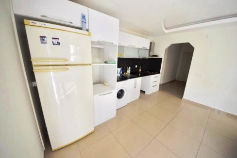 2 Bedroom Flat Property for sale in Mahmutlar Alanya 4