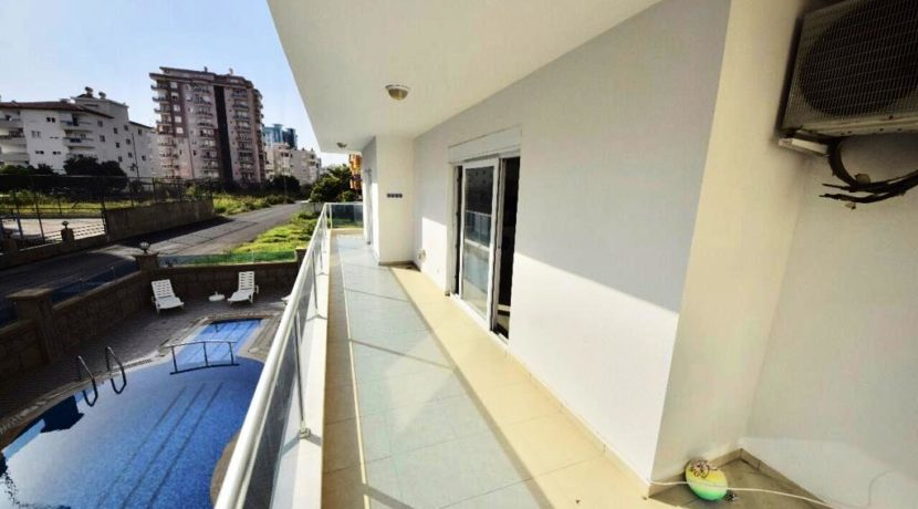 2 Bedroom Flat Property for sale in Mahmutlar Alanya 18