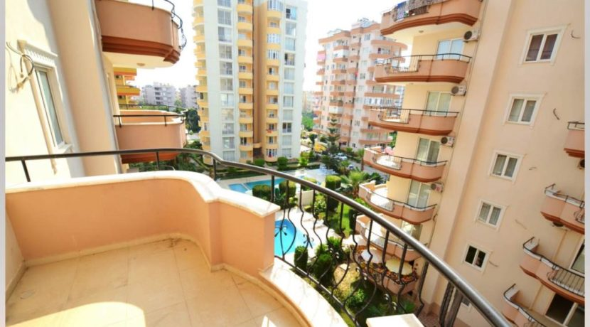 3 Room Apartment Flat for sale Alanya Mahmutlar 2