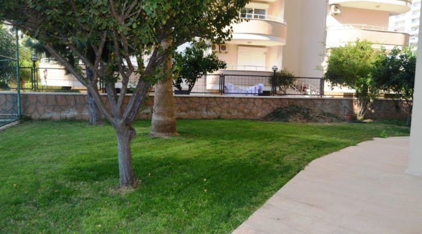 3 Room Apartment for sale Alanya Mahmutlar 62.000 Euro 24