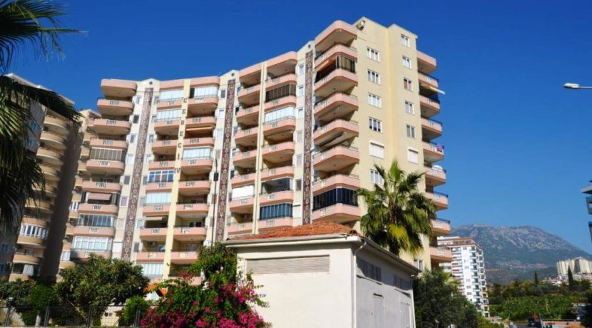 3 Room Apartment for sale Alanya Mahmutlar 62.000 Euro 30