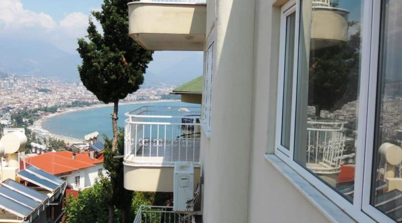 Castle Alanya Property Apartment flat for sale 70000 Euro