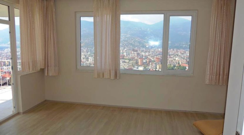 Alanya Apartment For Sale in Castle Location 73000 Euro 7