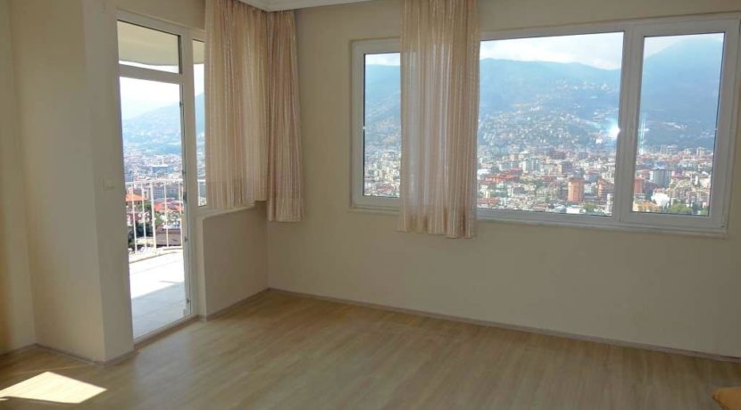Alanya Apartment For Sale in Castle Location 73000 Euro 17