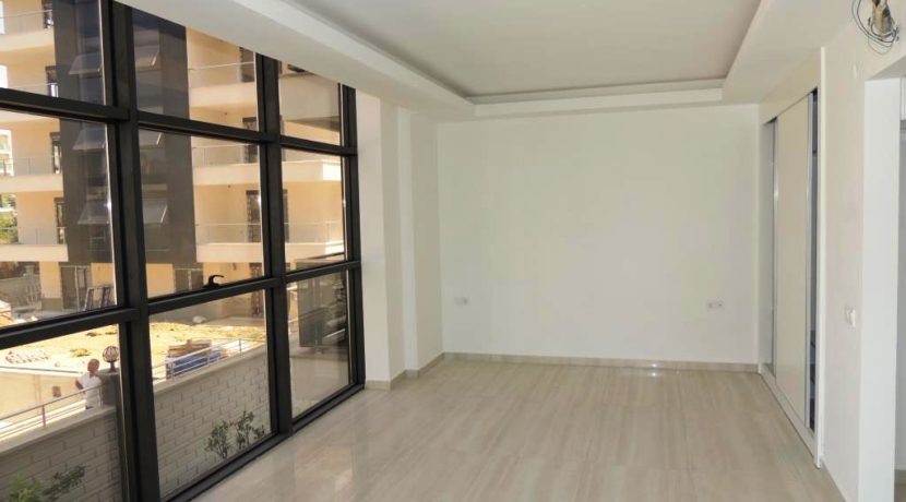 New Apartment For Sale in Alanya Beachfront 33000 Euro 8