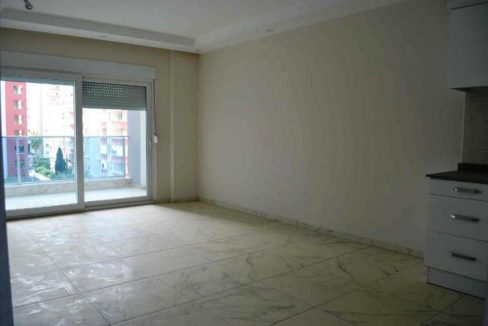 By owner apartment for sale Alanya Mahmutlar 38500 Euro