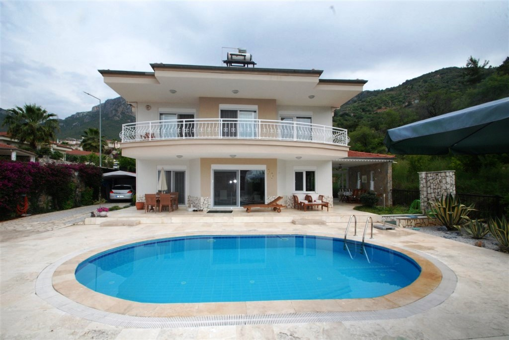 Private Villa Homes for sale in Alanya Oba 189000 Euro