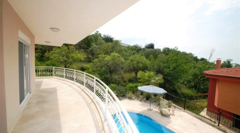 Private Villa Homes for sale in Alanya Oba 139000 Euro