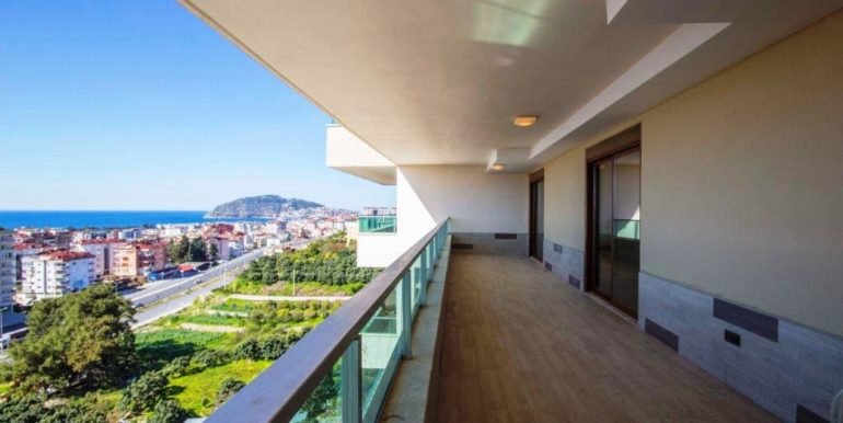Luxury duplex penthouse for sale 155.000 Euro
