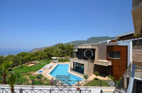 Luxury Villa for sale in Alanya Turkey 600.000 Euro