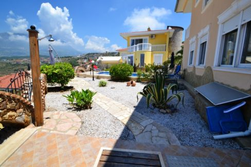 Private home villa for sale alanya turkey 150.000 Euro