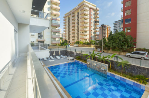 4 Room big apartment for sale in alanya mahmutlar 75000 €