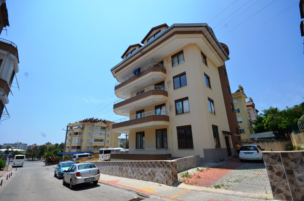 Alanya Cleopatra beach Apartment For Sale 85000 Euro