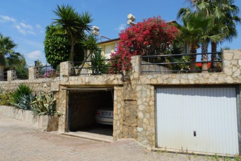 Alanya House With Pool and Garage For Sale 78000 Euro