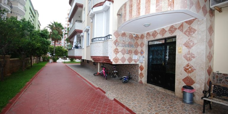 Alanya 3 bedroom apartment for sale 64.000 Euro