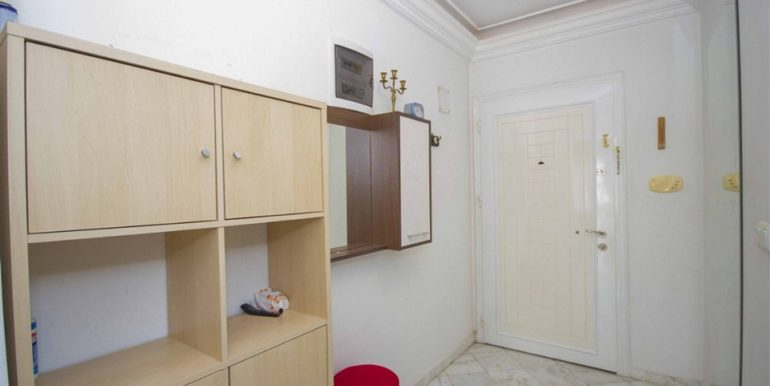 Alanya Center Apartment With pool and furnished B27