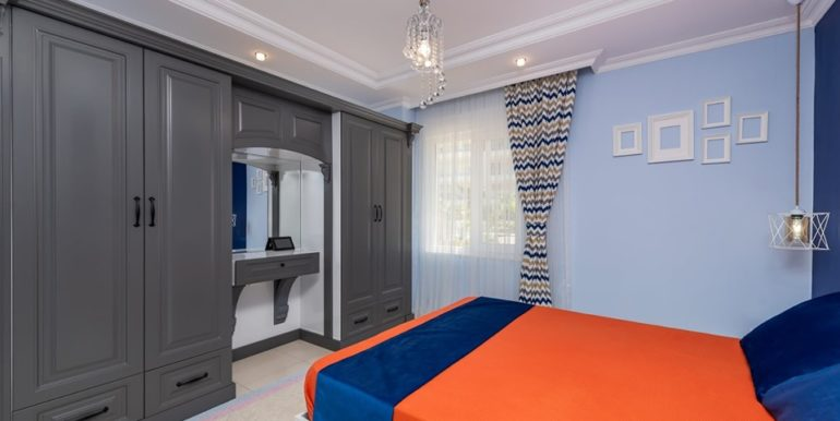 Luxury apartment close to the beach in Alanya 424