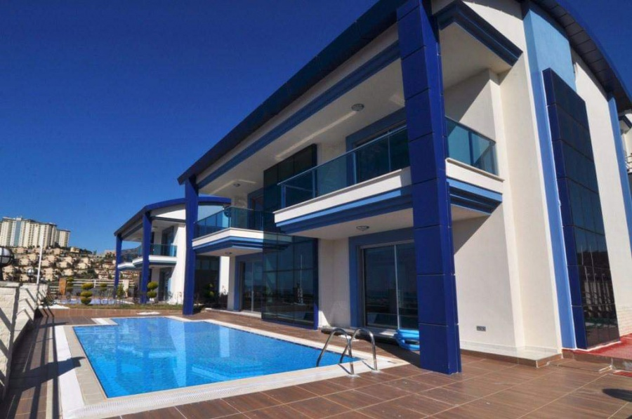 New private villa for sale with private swimming pool