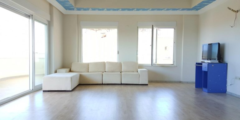 Seaview Penthouse in Alanya For Sale 119900 Euro
