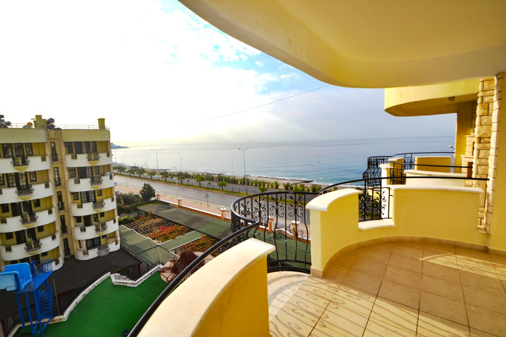 Alanya Mahmutlar Beach Apartment for sale 69000 Euro