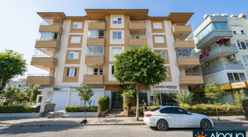 Alanya Oba Apartment in beach near location for sale 59.500 Euro
