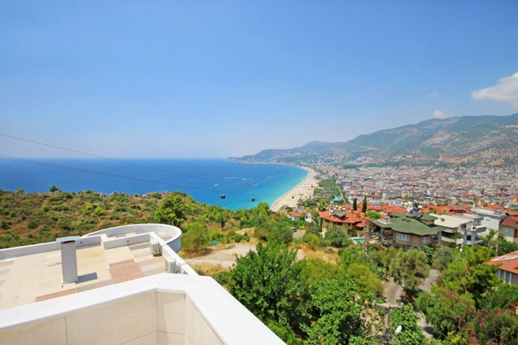 Alanya Cleopatra Beach Apartment For Sale From Owner