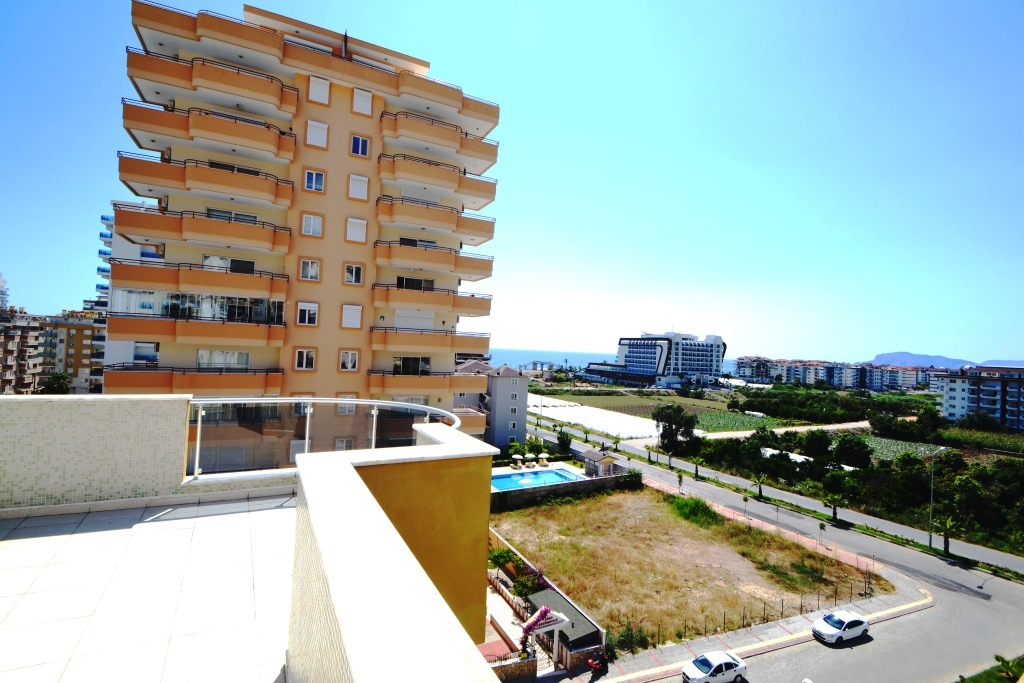 seaview penthouse in alanya beachclose location for sale