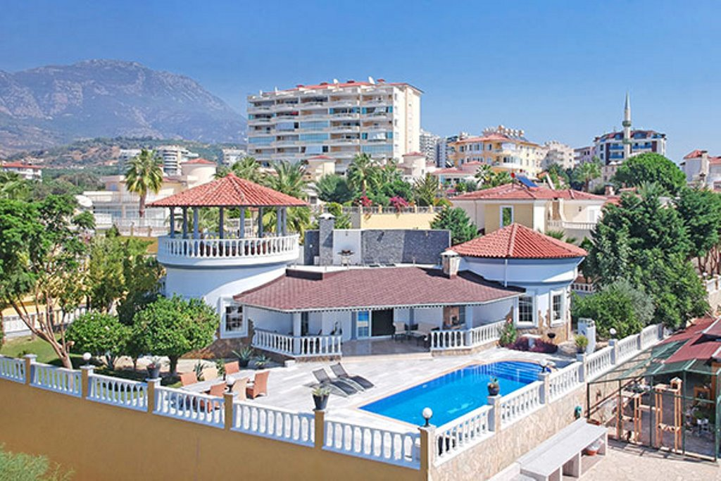 Luxury Private Villa for sale from owner in Alanya Mahmutlar