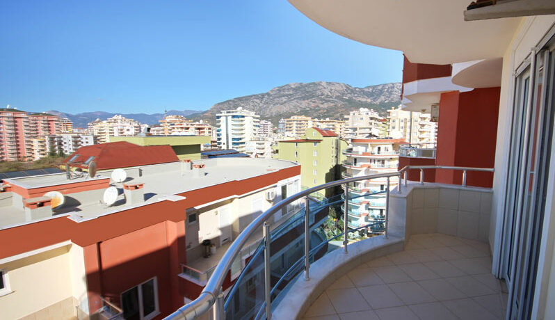 Penthouse Apartment for sale by owner in Alanya Mahmutlar