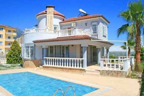 Private Villa real estate for Sale in Alanya Turkey Mahmutlar
