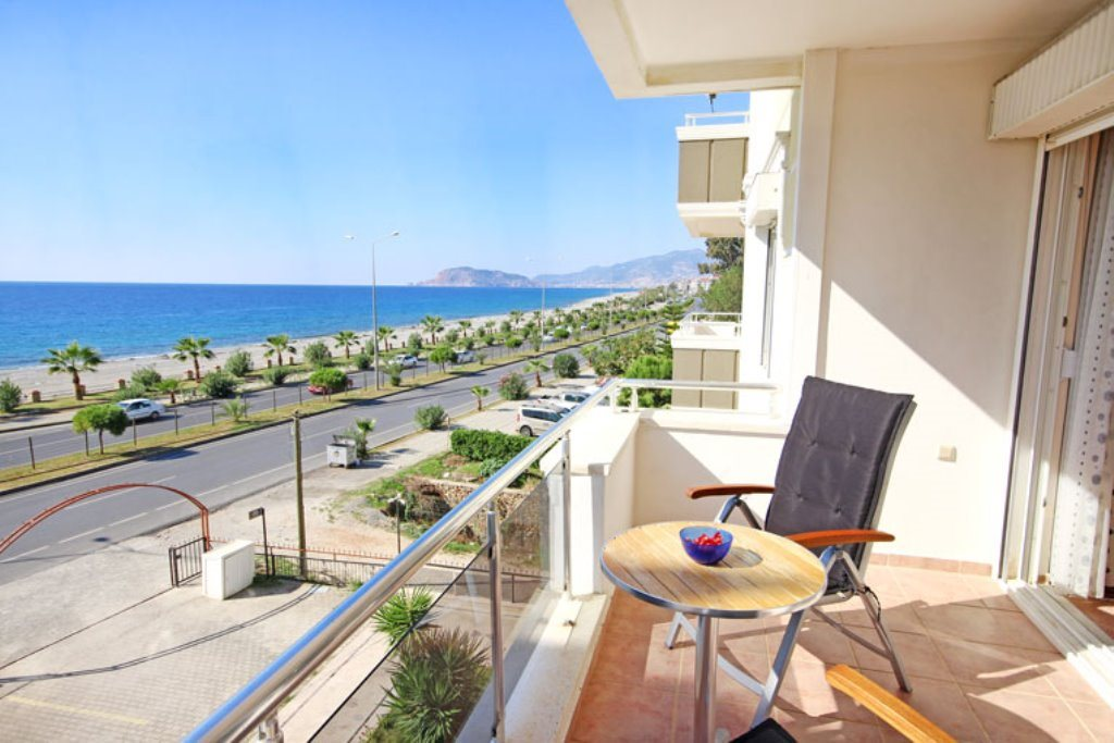 Coastal Property Apartment For Sale in Kestel Alanya