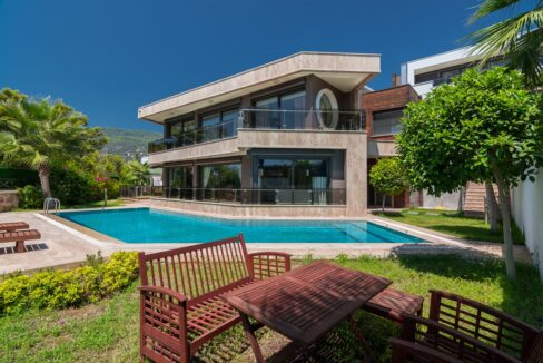 Luxury Villa Home For Sale With Private Swimming Pool In Alanya Bektas