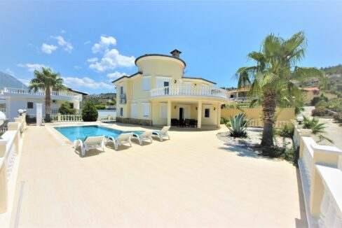Private Sea View Villa For Sale In Alanya Kargicak
