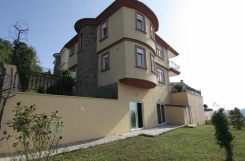 Villa For Sale From Owner In Alanya Konakli