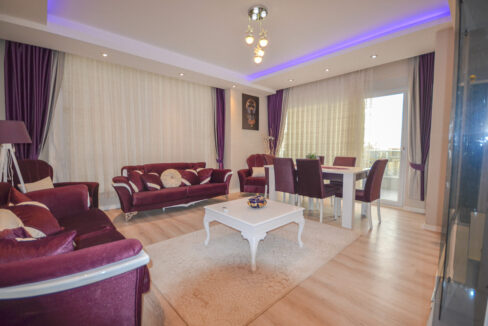 4 Room Furnished Apartment With Seaview In Mahmutlar