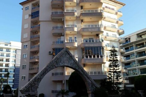 4 Room Furnished Apartment With Swimming Pool In Alanya Center