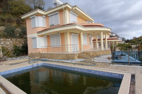4 Rooms Villa With Ocean View In Kestel Yaylali