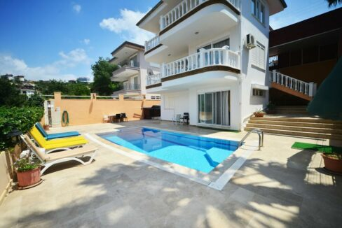 6 Rooms Furnished Villa With Private Swimmin Pool