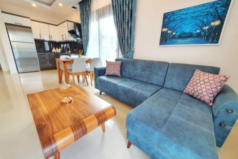 Brand New Furnished 2 Room Apartments In New Complex In Mahmutlar